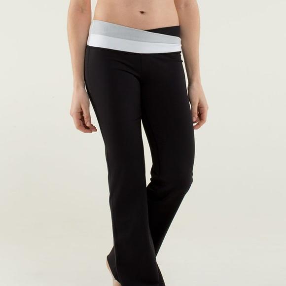 bcb57ff2f1 lululemon athletica Pants - LULULEMON Astro Pants Black Gray Wee Stripe  {R40}